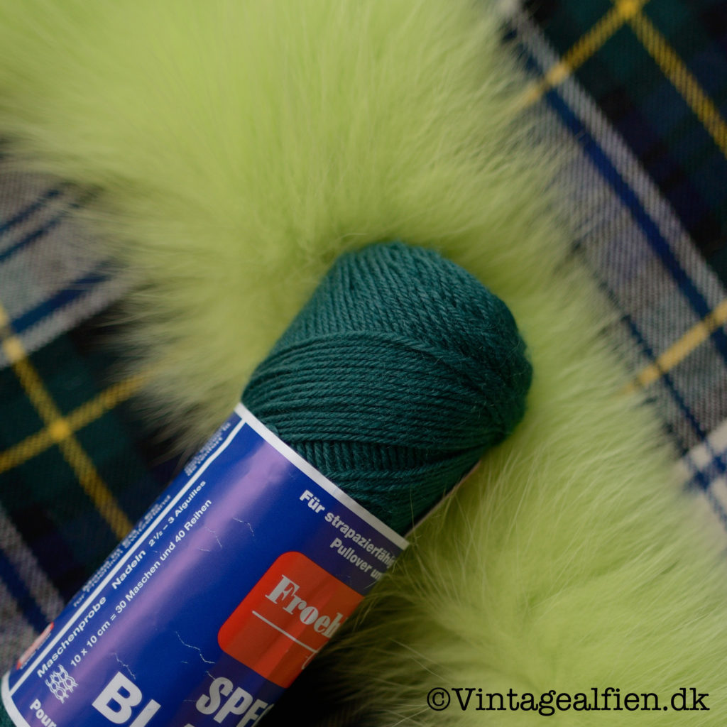 Chartreusefarvede pels og matchende garn