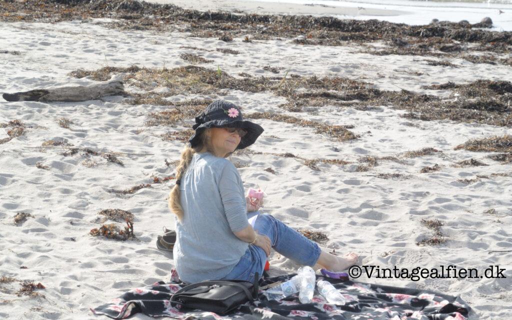 At strikke på en strand, her er det ved Kulhuse