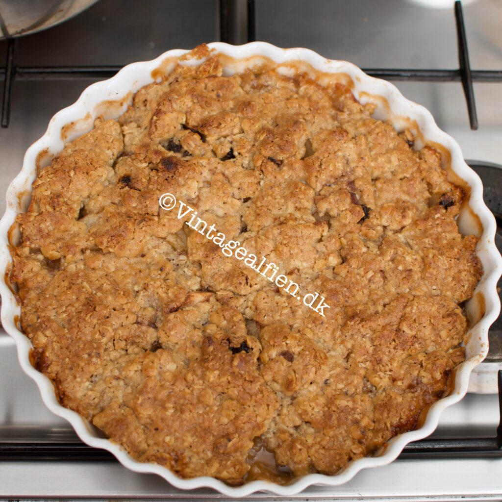 Æblekage med crumble